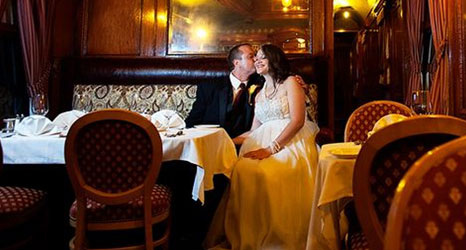 Wedding Couple 500x250 - Cafe Lafayette Dinner Train - North Woodstock, NH