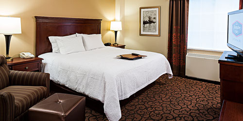 King Room - Hampton Inn Littleton - Littleton, NH