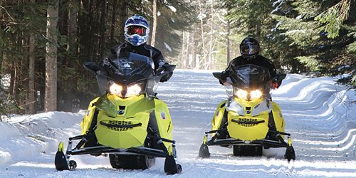 Snowmobiles - Twin Mountain-Bretton Woods Chamber - New Hampshire